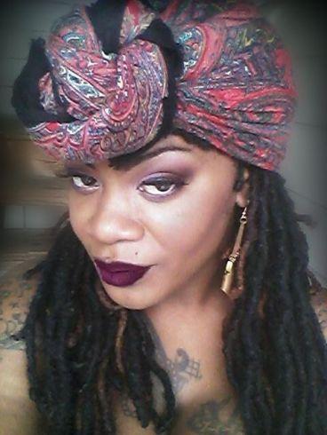 Lipstick & Headwrap 2