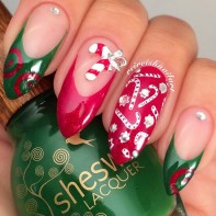 Acrylic-holiday-nail-art-designs-2015